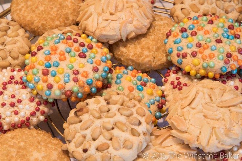 Simple Almond Cookies