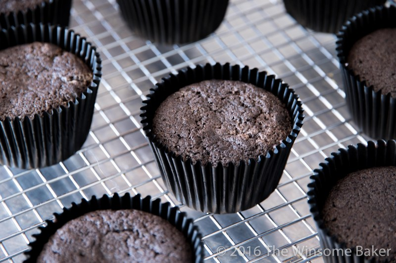 dead-of-night-cupcakes-5
