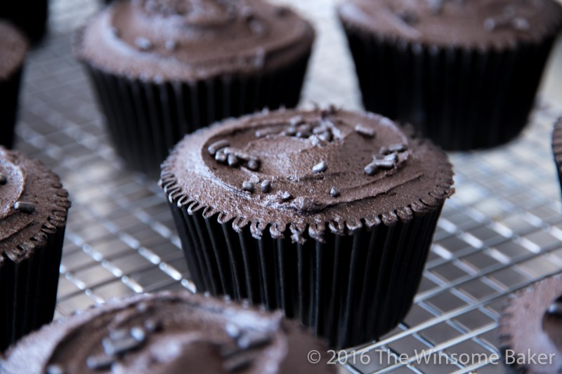 dead-of-night-cupcakes-6