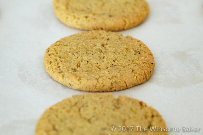 pistachio-cookies-11